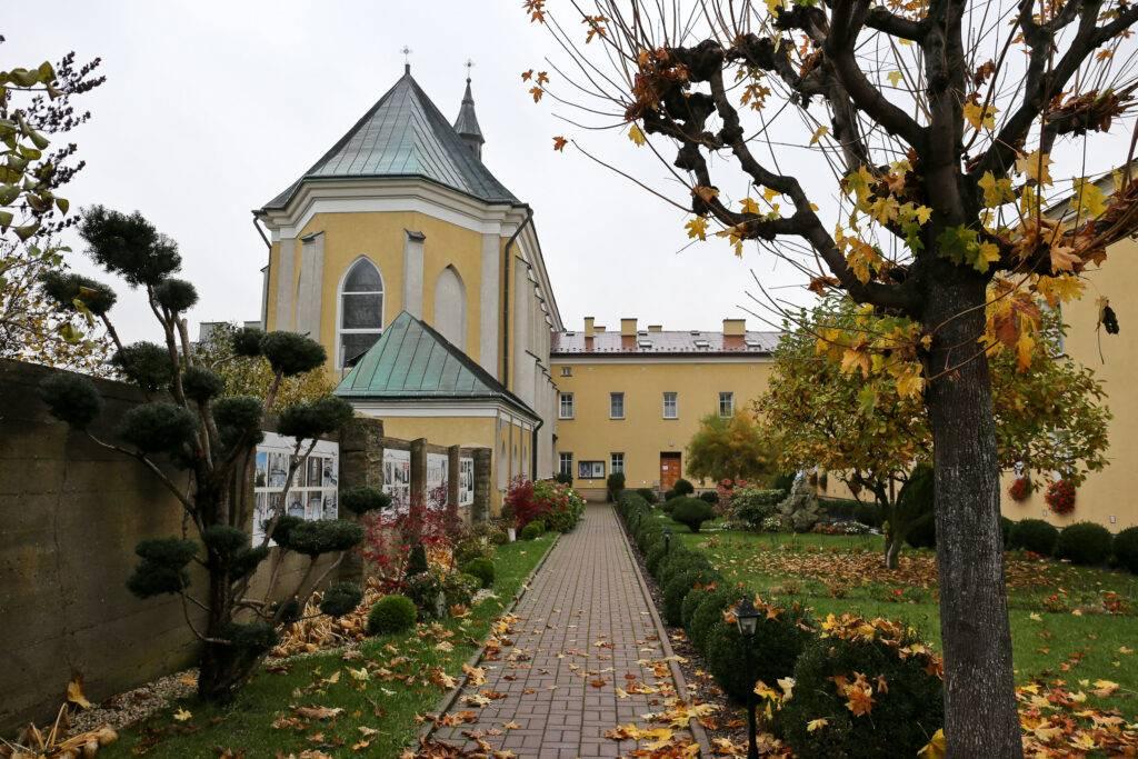 Opactwo Bernardynek w Kończyskach