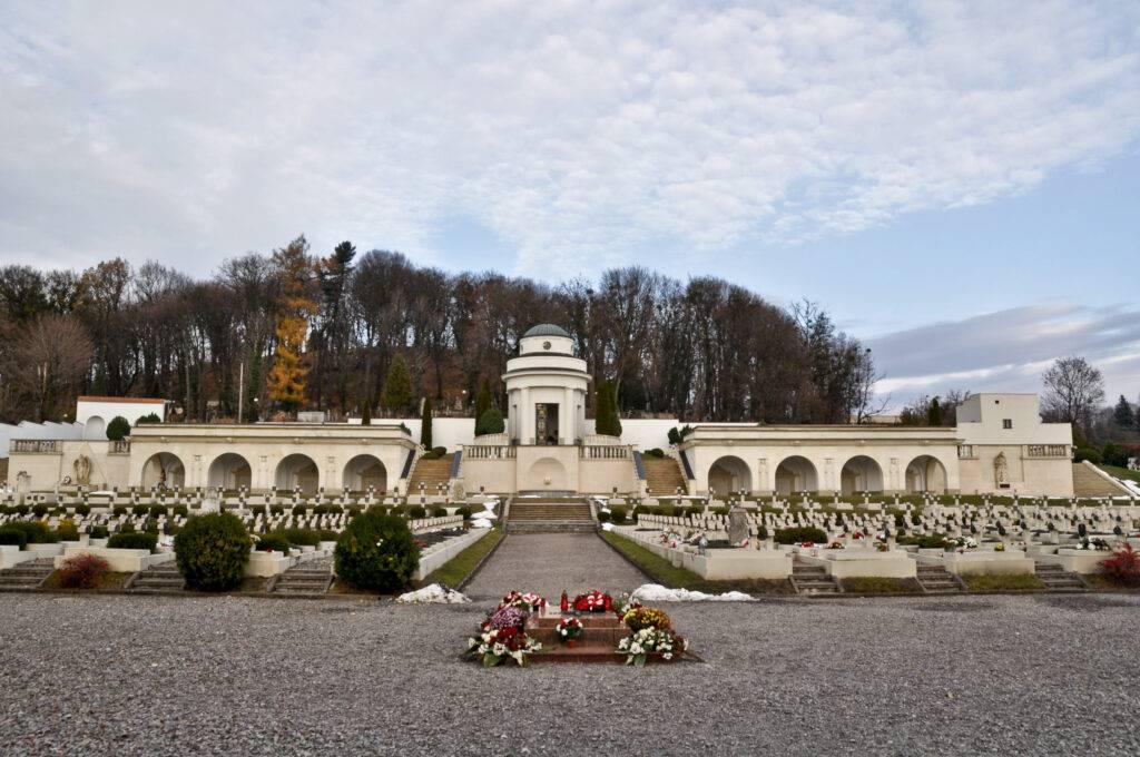 Cmentarz Orląt Lwów