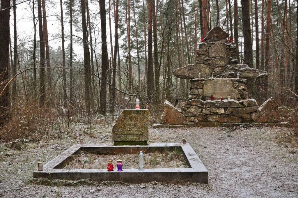 Pomnik Rezerwat Czartowe Pole Roztocze rzeka Sopot