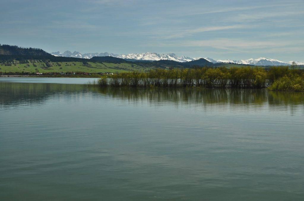 widok na Tatry z jeziora Czorsztyńskiego