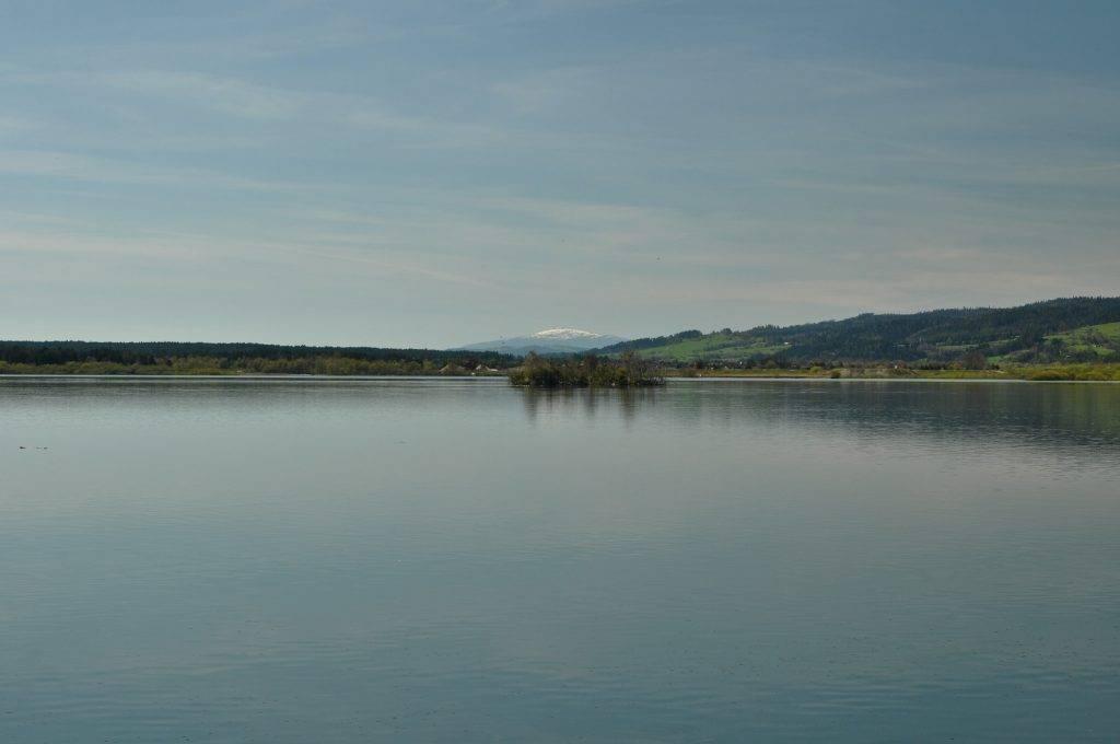 Babia Góra z Jeziora Czorsztyńskiego