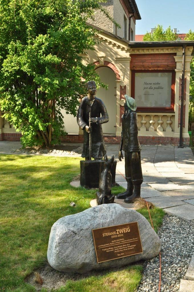 pomnik Stefanii Zweig